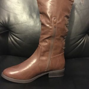 Brown boots for fall !